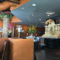 Bellini's Restaurant interior view near the large bar area.