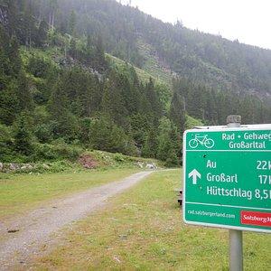 Start cycle path at Ötzlsee