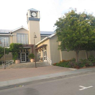 Tiburon City Hall and Library