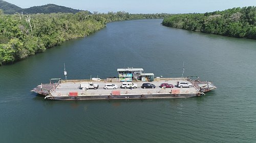 Daintree Ferry crossing the Daintree River