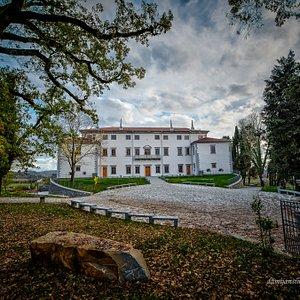 Vipolže Villa   Archive: ZTKMŠ Brda