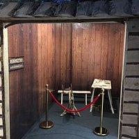 Na początek sklep z bursztynami wielki jakiego wcześniej nie widziałem 9 sal do zwiedzania muzeum z prawdziwego zdarzenia
