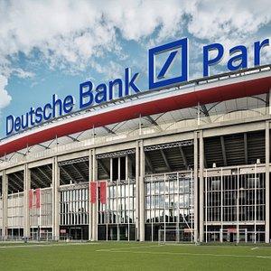"""Seit 01.07.2020 heißt das Stadion im Frankfurter Stadtwald """"Deutsche Bank Park"""""""