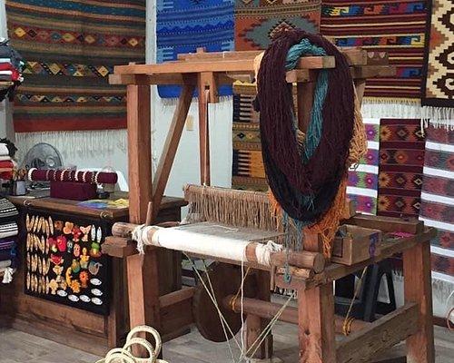 Legado Zapoteco Oaxacan Weavers