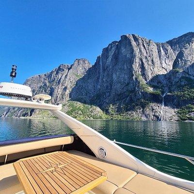 SH Yacht