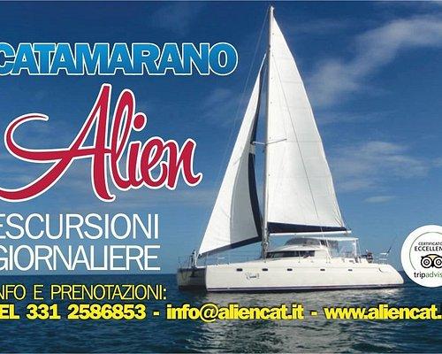 Il Catamarano Alien vi aspetta per fantastiche avventure nello splendido mare delle Isole Egadi.
