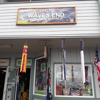 Waves End is a nice family/Veteran owned store. Best selection of Crocs that I have ever seen!