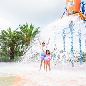 Cool off at our mega Splash Zone! Get doused by the giant water bucket, get drenched by the spectacular downpour, and get soaked with our kid-friendly water guns.