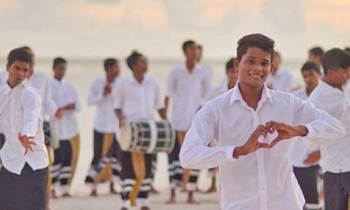 """The beats and sound of """"boduberu""""  will capture your hearts as you move and sway to the rhythm! This is one such activity which will put a smile on your face.  #BucketListMaldives #TravelBucketList #Maldives  📷 : @afrah_maldives"""