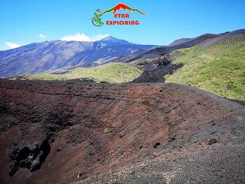 Scegli Etnaexploring per le tue escursioni in sicurezza e private sull'Etna.