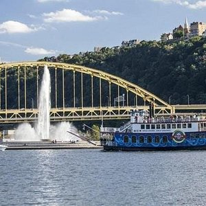 The only way to see Pittsburgh and truly learn about her past, present, and future is aboard one of our Pittsburgh sightseeing cruises, where you hear what makes the area so special!