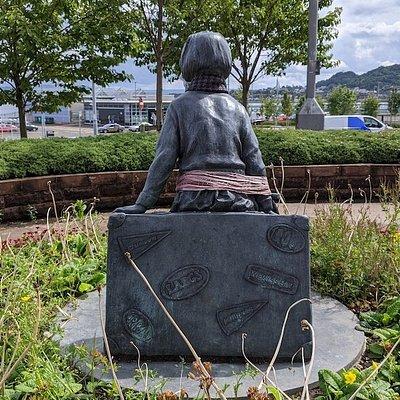 Wee Annie's Statue