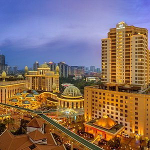Sunway Pyramid Hotel offers you all the excitements at Sunway City Kuala Lumpur