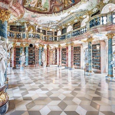 Bibliothekssaal Kloster Wiblingen Fotograf: Günther Bayerl