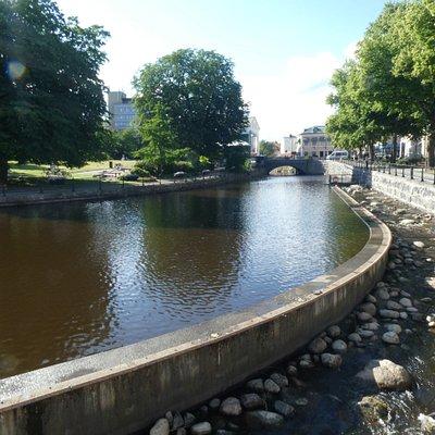 Svartån och på andra sidan Stadsparken i Västerås