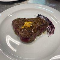 - Filetto di toro con foglia d'oro 24 carati  - Bull fillet with 24 carat gold leaf