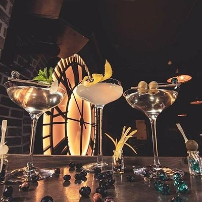 Malta's first and only 1920's prohibition style cocktail bar! The freshest of ingredients, only the best spirits and the artistic brilliance of our incredible mixologist's ensures each and every cocktail you enjoy really is the best this side of Manhattan! #canyoukeepasecret #donttellthefeds #oftencopiednevermatched #thethirstybarber