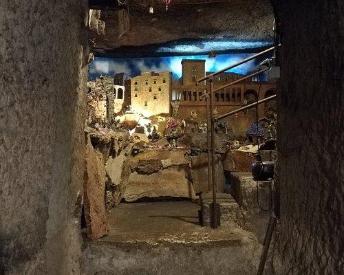 La grotta magica presso le chicche del borgo