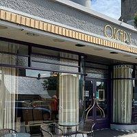 Oscars Café Bar & Restaurant