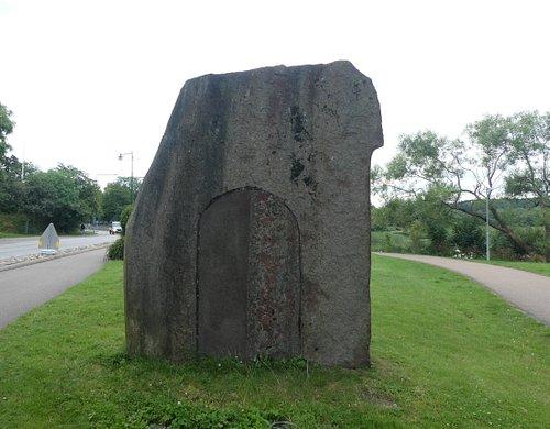 Statyn ''Ymer'' i Strandparken i Kungälv.