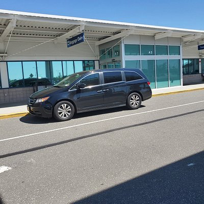 Airport Shuttle Service in Sayville NY