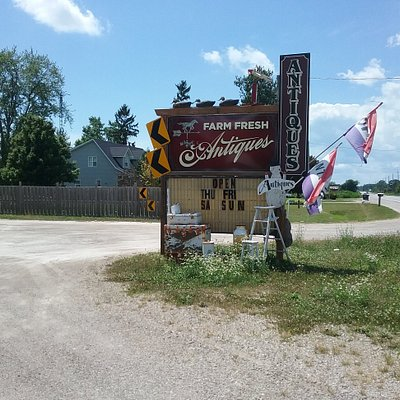Great little place just outside Harrow, Ontario.