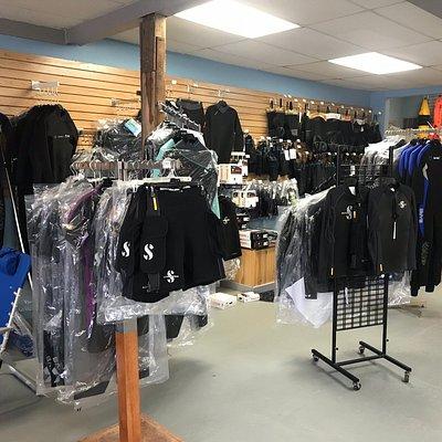 Professional Divers Wet suits and wet suit accessories