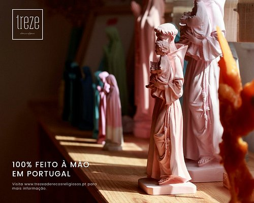 Religious, emocional and Cultural art, made by hand, colorful and without the use of painting. ⠀⠀⠀⠀⠀⠀⠀⠀⠀ Handmade in Fátima, Portugal. ⠀⠀⠀⠀⠀⠀⠀⠀⠀ Continue to increase your Faith! #keepongrowingyourfaith www.trezeaderecosreligiosos.pt