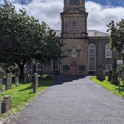 Irvine Old Parish Church and Graveyard