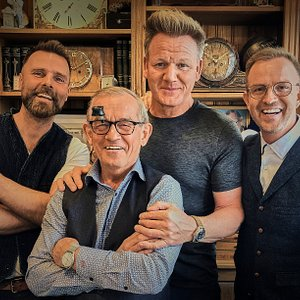 Internationally renowned, multi-Michelin starred chef Gordon Ramsay visited our workshop in downtown Reykjavik. We are deeply honoured to welcome Mr. Ramsay to our JS Family as we are all big fans!. Mr. Ramsay is now a proud owner of the Blue Sif NART 1948.