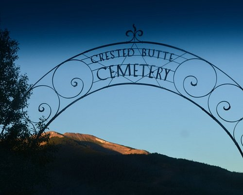 The cemetery's gate