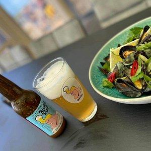 Lekkere mosseltjes met een lekker biertje