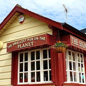 Smallest Pub on the Planet