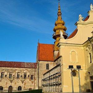Pocysterski koSciol i klasztor z XIII w.