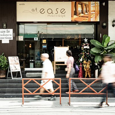 at ease provide attentive service to customers. we would like you to relax and enjoy at price that everyone can touch