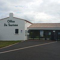 Le bureau d'informations touristiques de Barbâtre, situé à l'entrée de l'île de Noirmoutier.