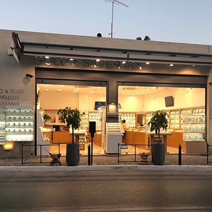 Ira Jewellery ,in the heart of Platanias.
