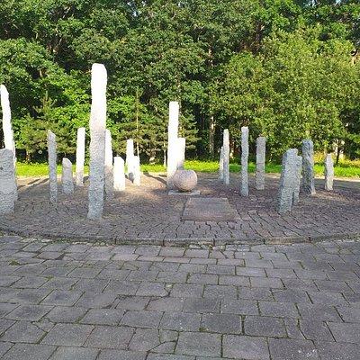 Pomnik pomordowanych więźniów obozu Stutthof