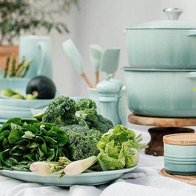 Mint is a unique kitchen & homeware store, stocking NZ & international brands such as: Le Creuset, Mason Cash, Bordallo Pinheiro, Microplane, Dream Farm, Ottinetti and so many more.