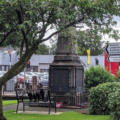 West Calder War Memorial
