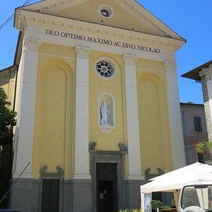 La facciata della chiesa di San Niccolò