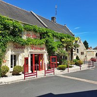 Le Restaurant la glycine vos accueille du lundi soir au dimanche midi.