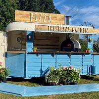 The Pizza Garden, our converted horse box in the entrance of Greenfingers Garden Centre, Exmouth.