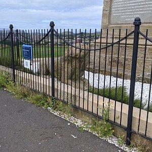 Dr Alexander MacFadzean Monument