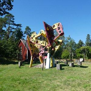 Staty i Källströmsgården i Påskallavik