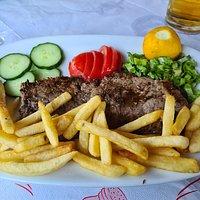 Fillet Steak & Salad