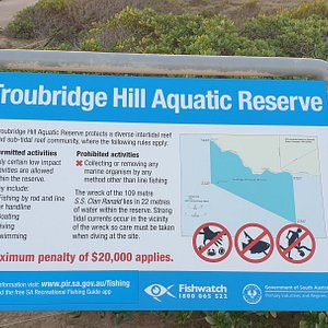 Troubridge Hill Lighthouse Edithburgh SA  information about the Aquatic Reserve nearby