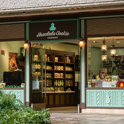 Our storefront located at Royal Hawaiian Center!