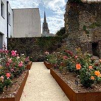 Medieval garden, Josselin