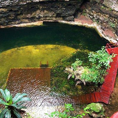 Image of cenote at Chichikan